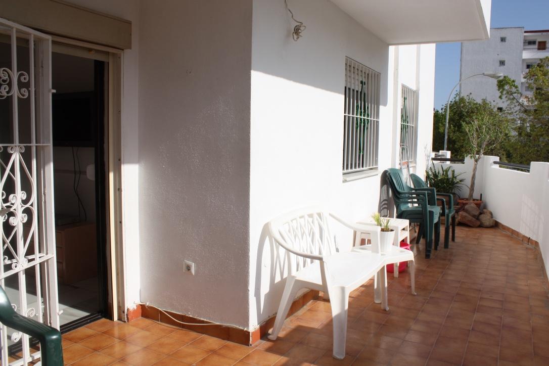 balcony 2.jpg